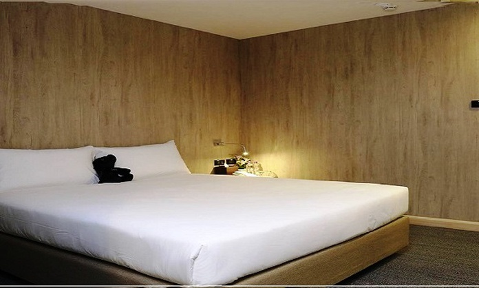 Superior Room choose 3 Hour between 9:00 PM - 6:00 AM Sleep Box by Miracle Hotel バンコック